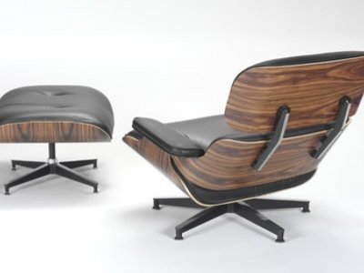 CHARLES EAMES LOUNGUE CHAIR AND OTTOMAN