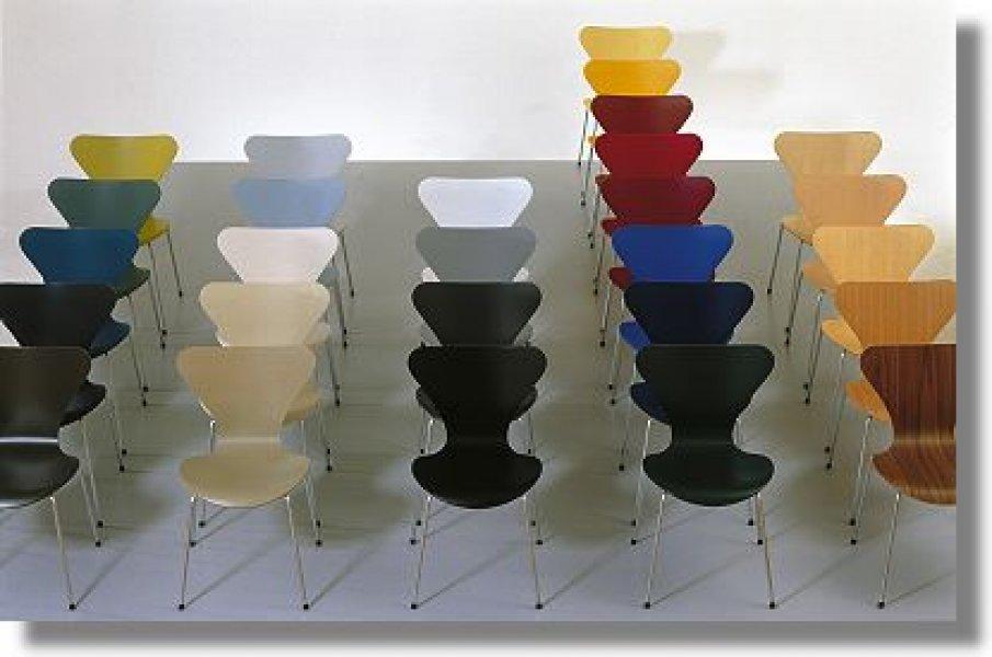 Jacobsen Series 7 Chair Bauhaus Italy