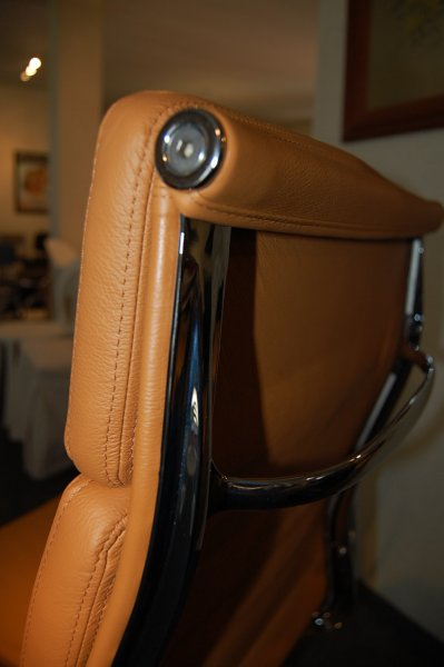 Eames office chair bauhaus italy for Bauhaus italia